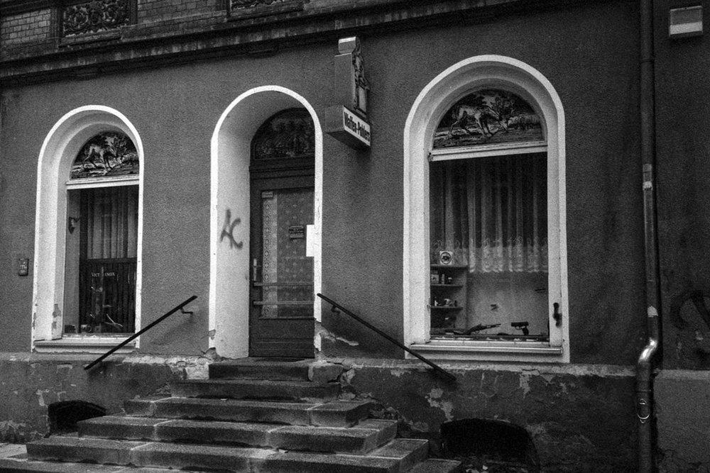 Weapons shop, Brühl, Chemnitz | © Lilly Schwartz 2013