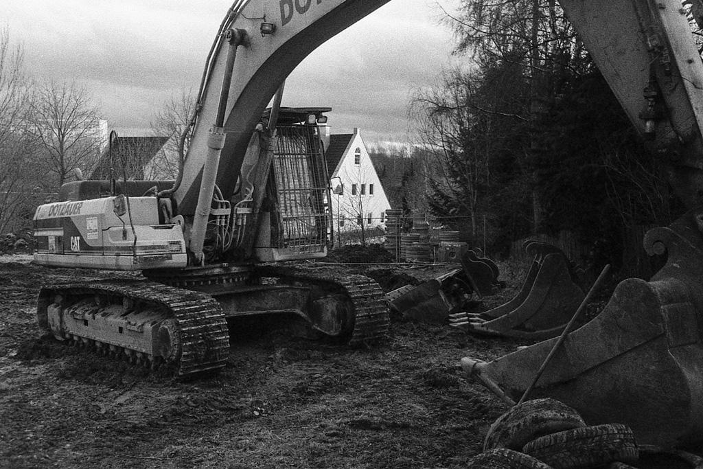 Demolished housing for large families, Fritz Heckert Gebiet, Chemnitz | © Lilly Schwartz 2013