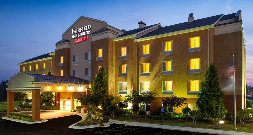 hotel-broker.jpg