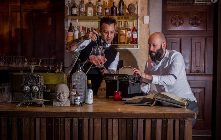 lavaoslo-Restaurant-kafe-gullbaren-oslo