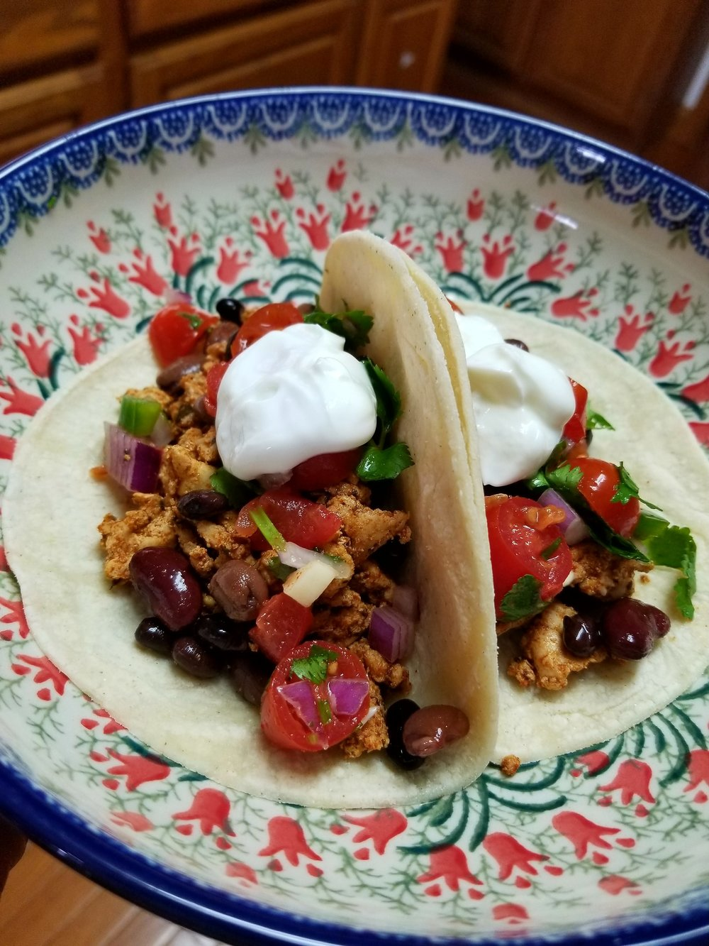 Who doesn't love a good taco?!? It's so easy to use leftovers to make delicious and gorgeous new dishes!