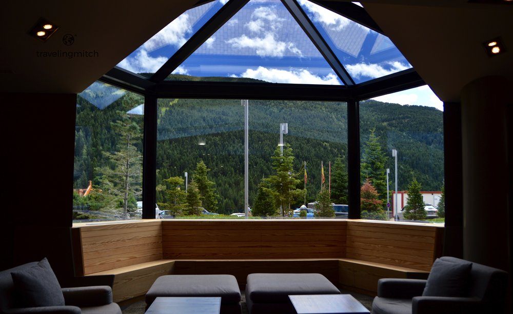 The lobby at Hotel Piolets Park & Spa