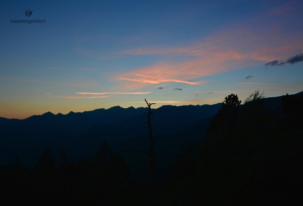 A picture at dusk from the night hike offered by Hotel Piolets Park & Spa