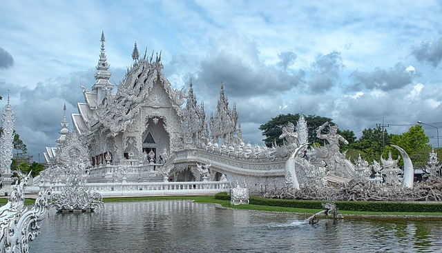 When travelling around Thailand, it's important to remember that Chiang Rai's White Temple is one of the most impressive sights in the country.