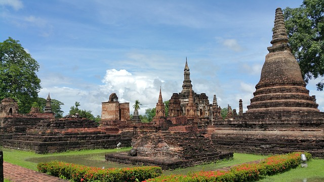 When travelling around Thailand, Sukhothai is one of those famous cities in Thailand that is too often overlooked!