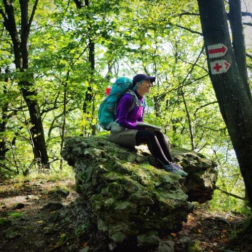 jóga sportolóknak futóknak kirándulás túra természet terepfutás