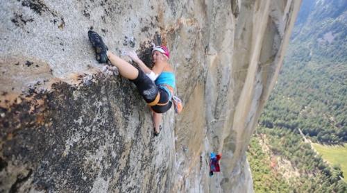 Emily Harrington az El Capitan megmászása közben