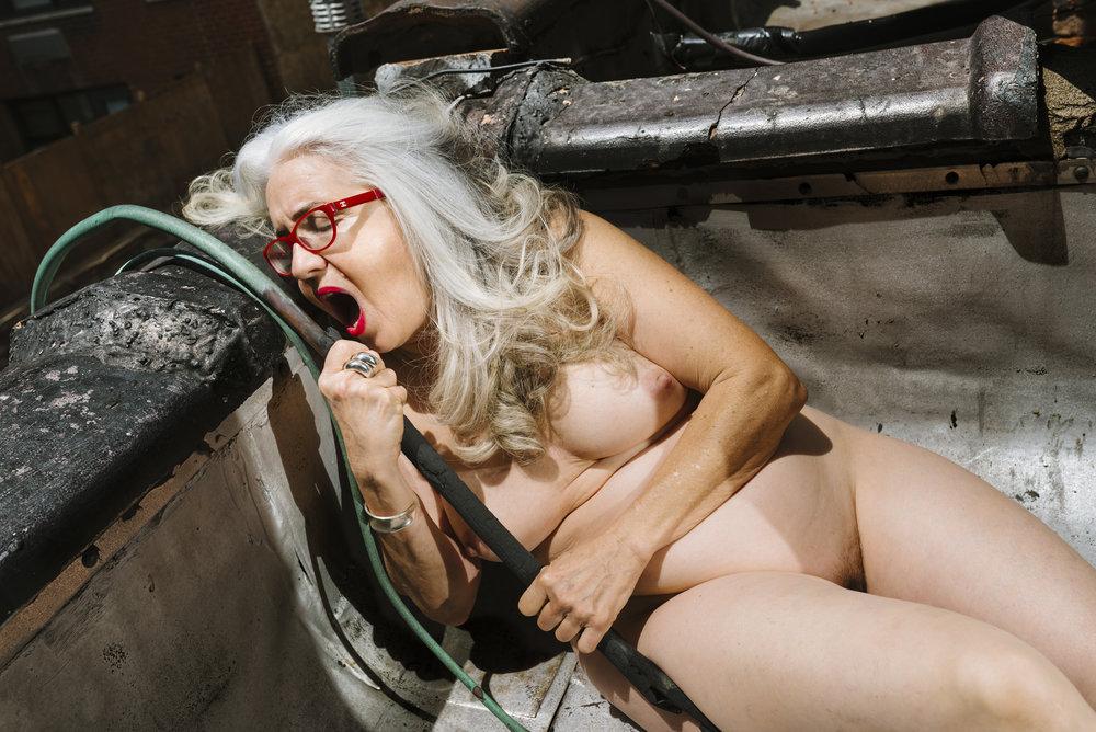 Nikola Tamindzic,  Fucking New York #71/43 (Hose) , 2016