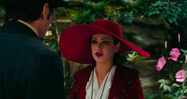 Oz (James Franco) encounters Theodora, a good witch