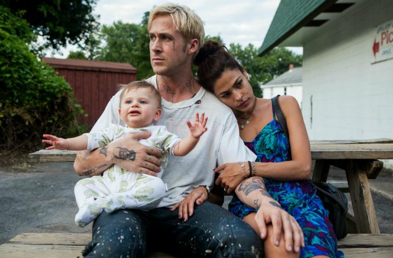 Ryan Gosling as Luke Glanton and Eva Mendes as Romina