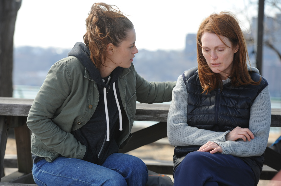 Kristen Stewart as Lydia  and Julianne Moore as Alice in 'Still Alice'