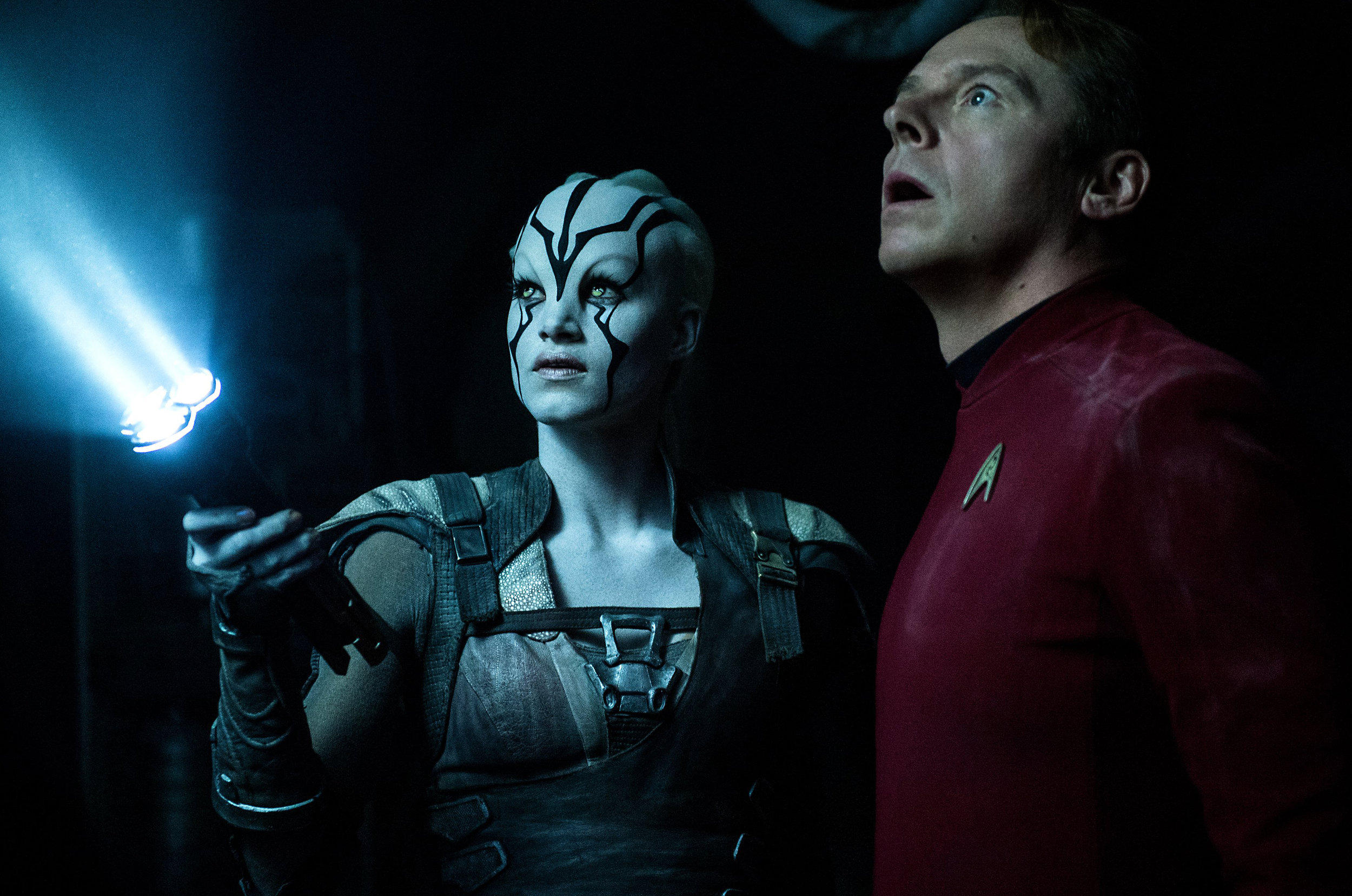 Sofia Boutella and Simon Pegg in 'Star Trek Beyond'.