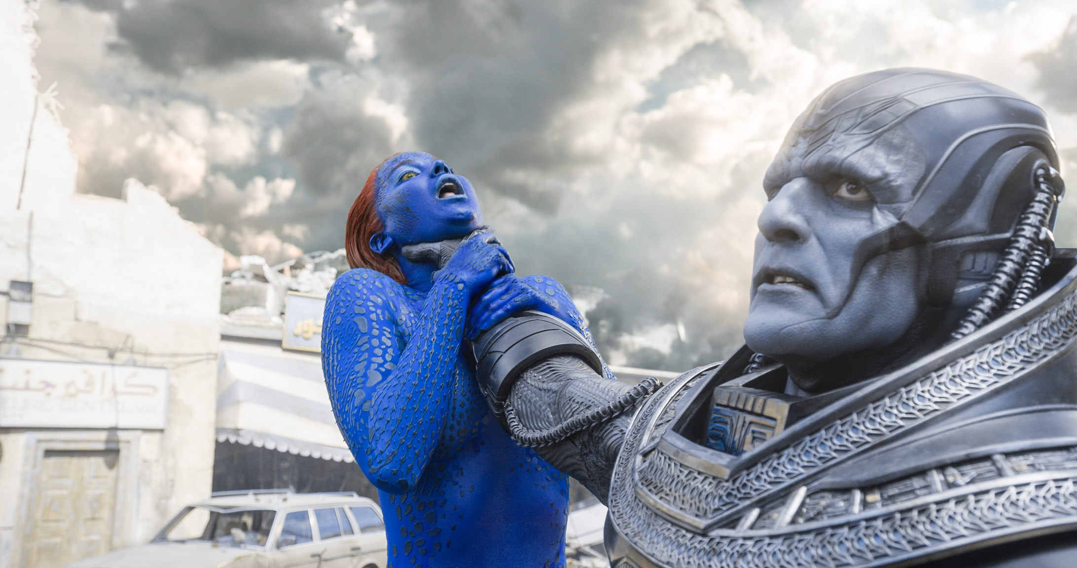 Jennifer Lawrence and Oscar Isaac in 'X-Men: Apocalypse'