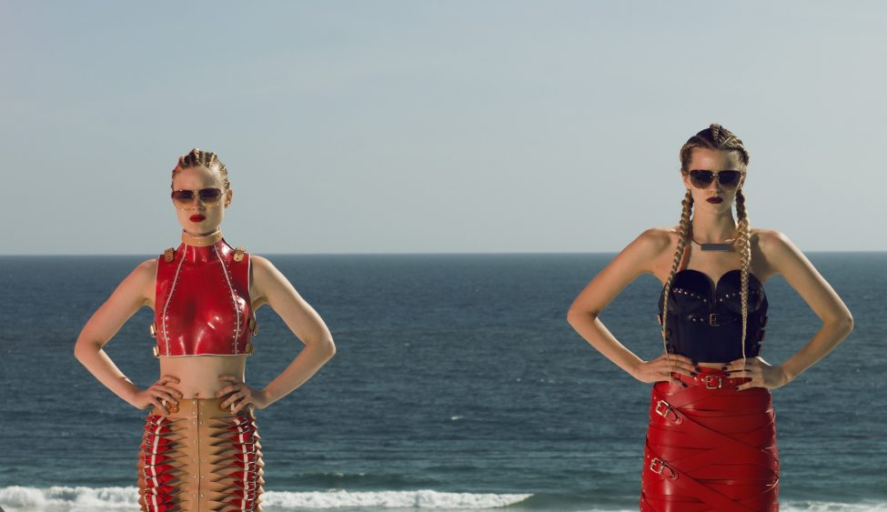 Bella Heathcote and Abbey Lee as Gigi and Sarah, two models who feel sidelined by Jesse.