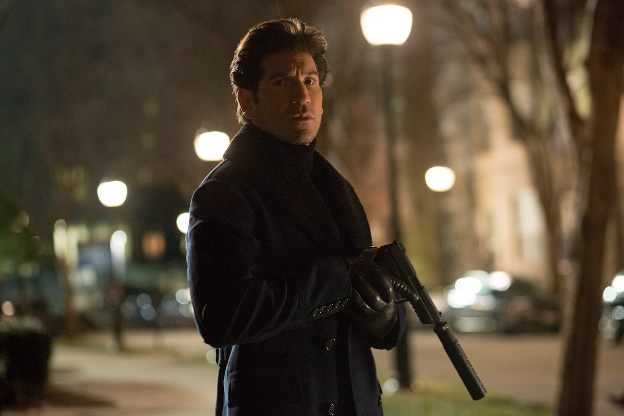 Jon Bernthal as Braxton, whose shadowy employers are on Wolff's trail.