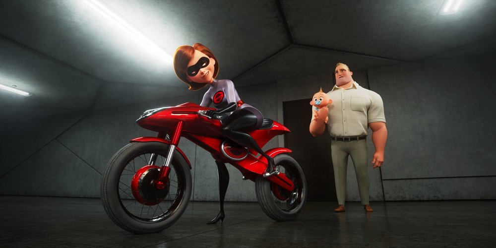 Elastigirl (Holly Hunter) is chosen to lead a PR campaign to legalize superheroes.