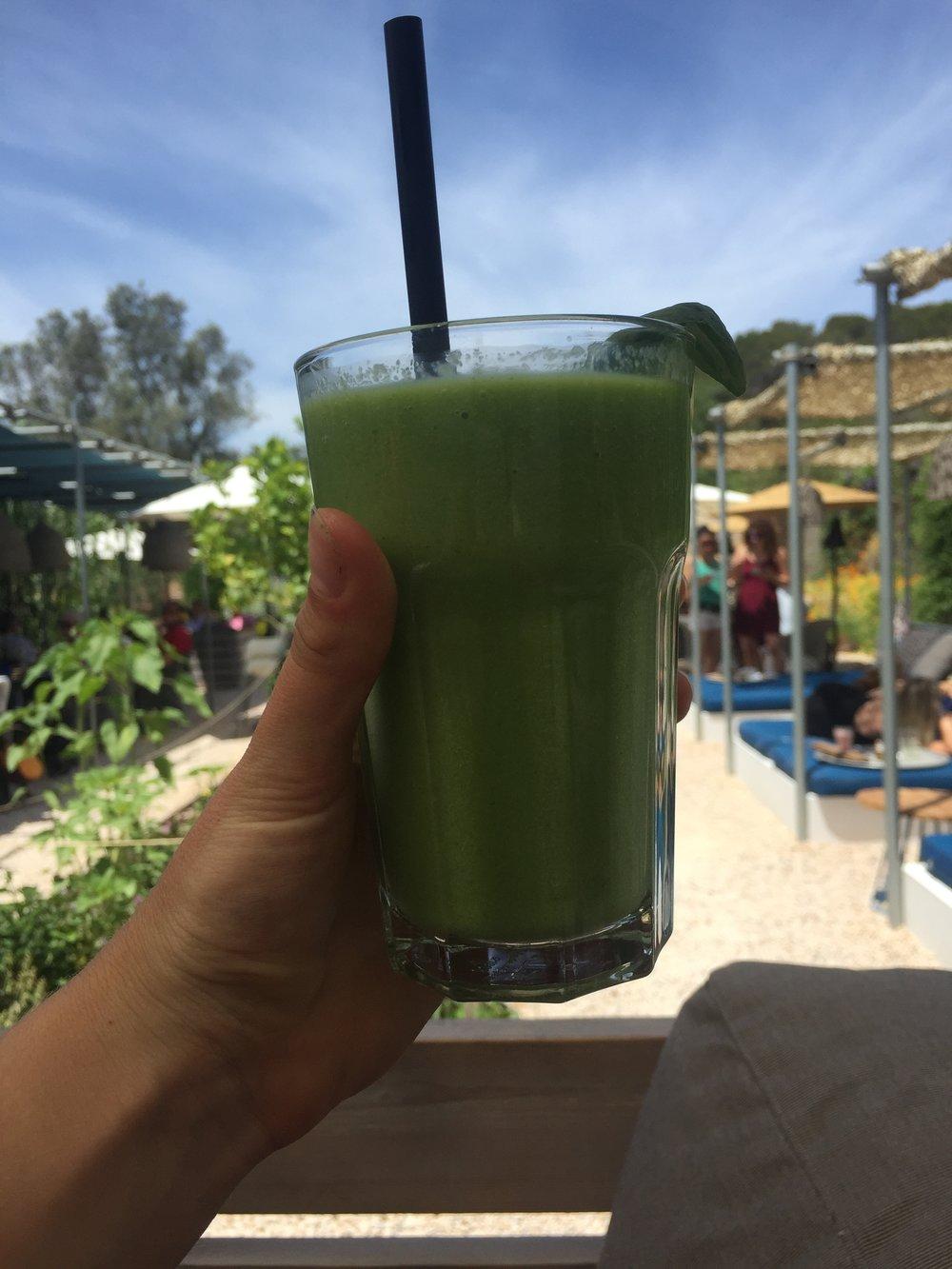 Green Smoothie at Giri Cafe