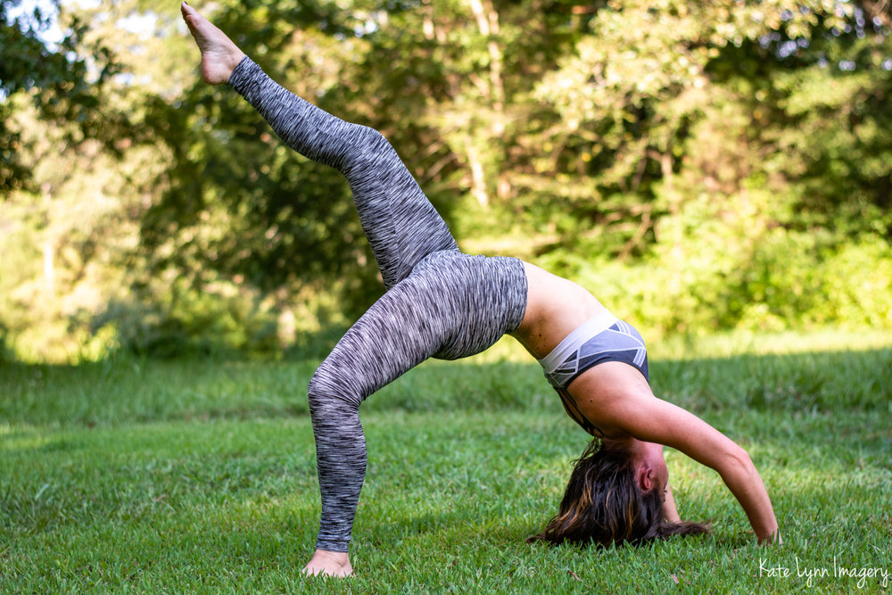 2018_0729-Alissa Gavin Yoga8894-14W.jpg