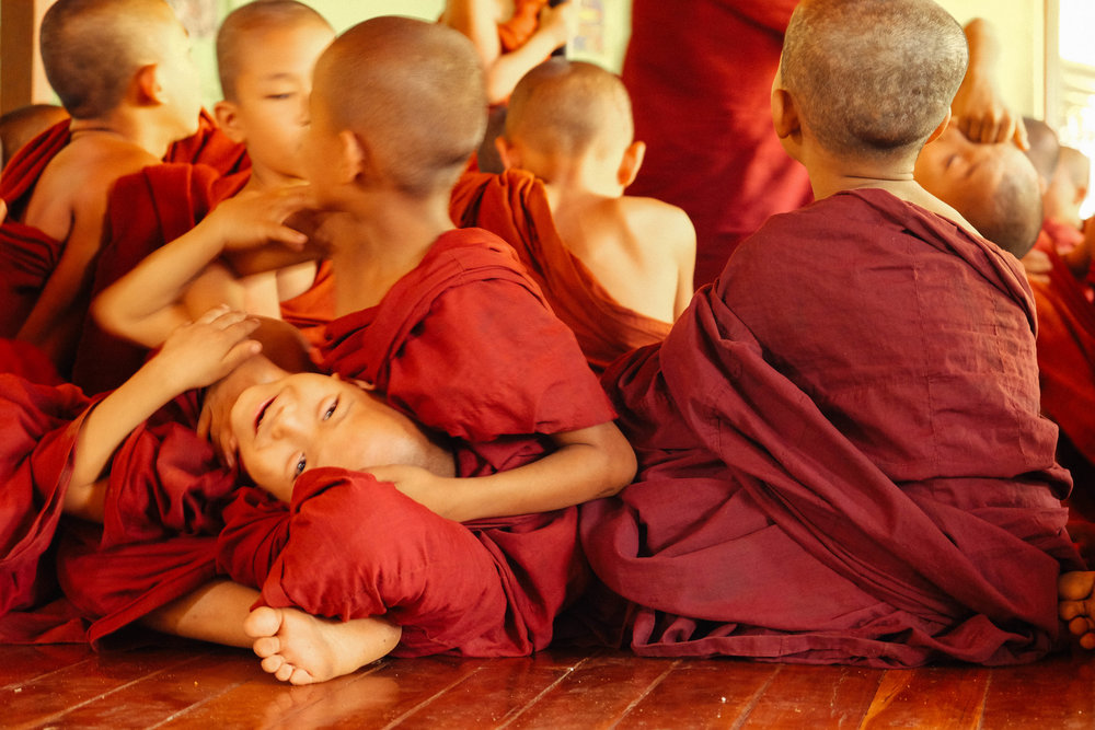 jacob-ruiz-design-photography-myanmar-little-monks