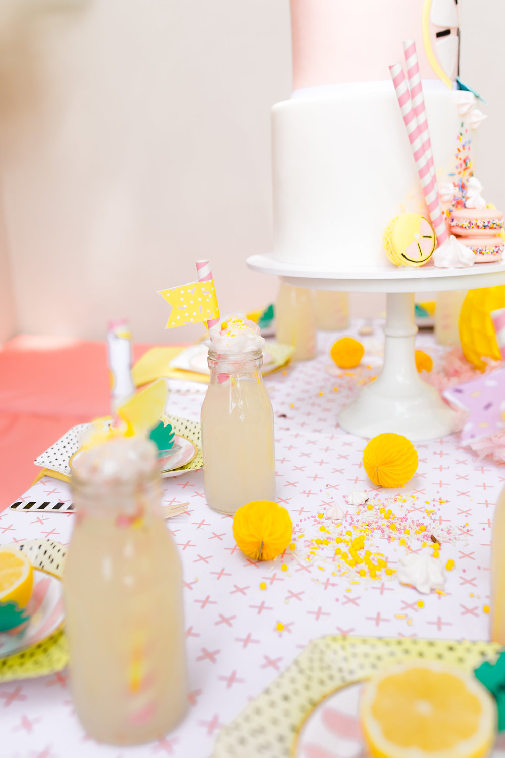 Lemonade kids birthday party - Tabletop Decor and Lemonade Glasses
