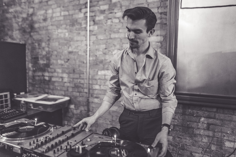 Nick DJ'ing Vinyl Night @ Front Street Taproom