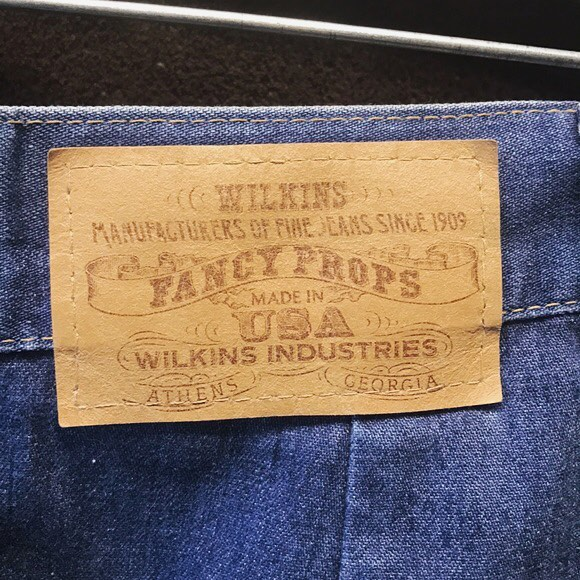 Made in USA. Made in Athens, Georgia. Southern Mill is deeply embedded in Athens' history, having been part of the city's once-dominant cotton production empire throughout most of its life. 👖 . . . . . #southernmill #athensga #athens #athensgeorgia #weloveathens #historicpreservation #jeans #jeans👖 #exploregeorgia #georgiahistory