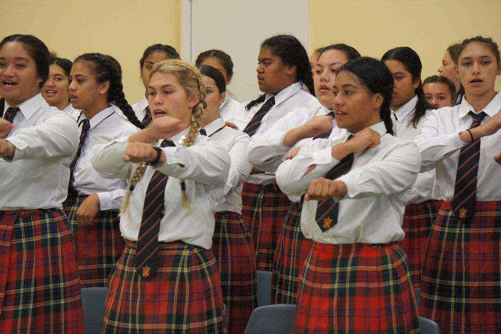 L-R-Te-Aute-chaplain-Dinah-Lambert-principal-Shane-Hiha-Parekura-Pewhairangi-Brown-Te-Aranga-Hakiwai-Philip-and-Xavier-Mete-Smith_photoDisplay.jpg
