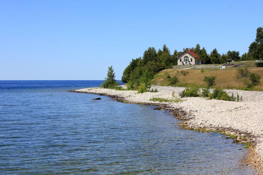wisconsin-rock-island-state-park-scenic-shoreline.jpg