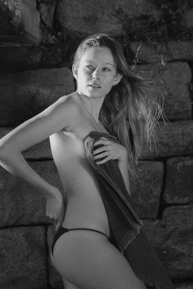 Jess_INK-(3-of-11)_BW.jpg