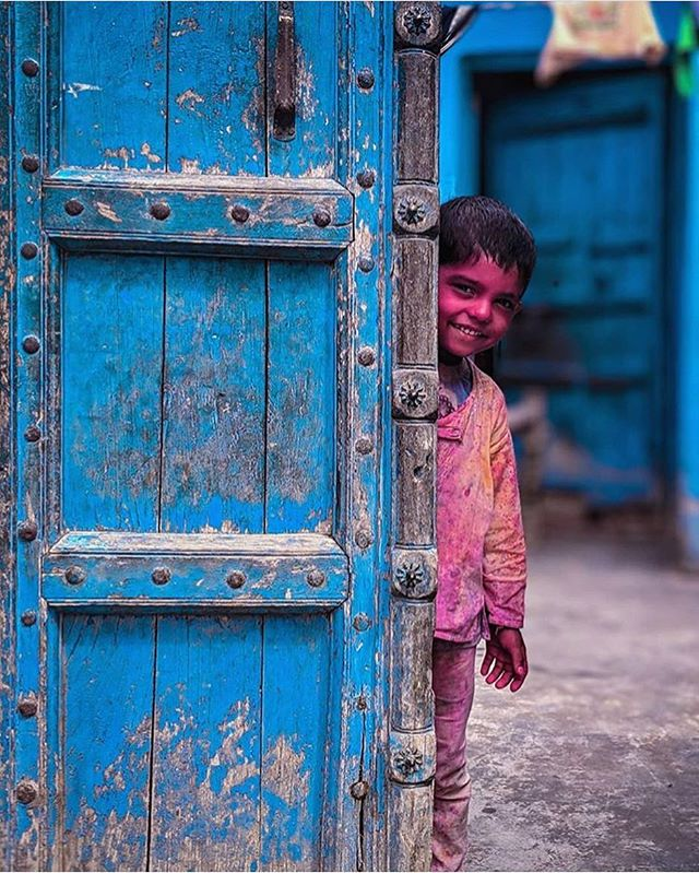 Happy Holi.. 💙💙 via @meinbhiphotographer