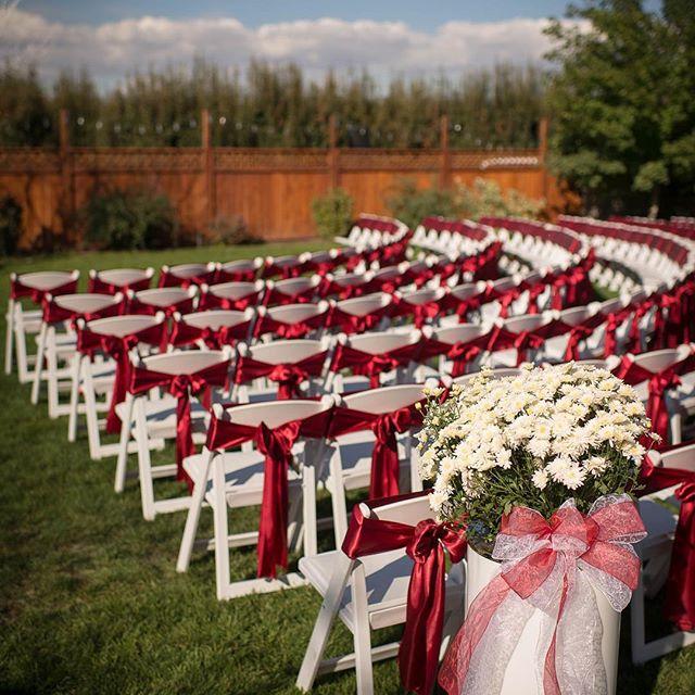 #waweddings #washingtonwedding #yakimaweddings #winerywedding #redwedding #outdoorwedding #weddingplanner #weddingplanning #pnwweddings #gardenwedding #lifeschancemoments