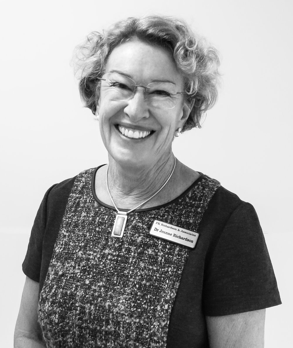 Dr Joanne Richardson BDS  (Univ. of Sydney)