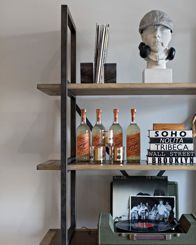 Feelin' all the industrial vibes for this #shelfie. Bravo to Elizabeth for a job well done staging this model home for @mckinneybuilders. // 📷: @jashleyphotography