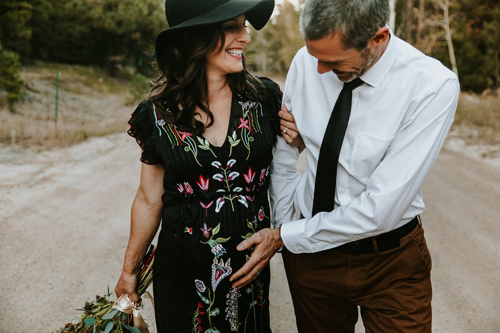 Colorado Mountain Maternity Photo Shoot