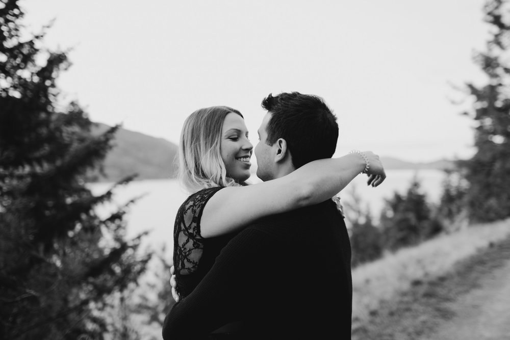 kelowna-engagement-photographer-9.JPG