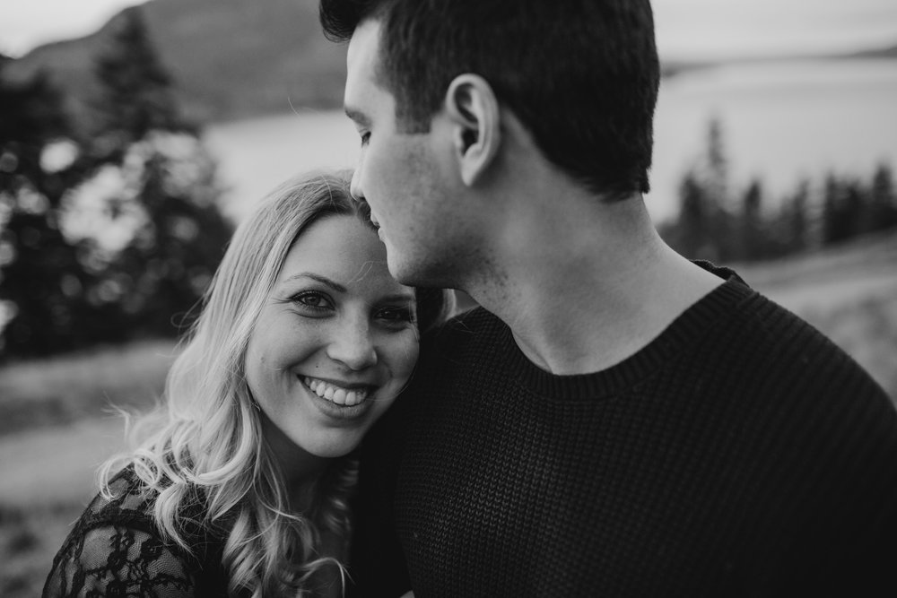 kelowna-engagement-photographer-16.JPG