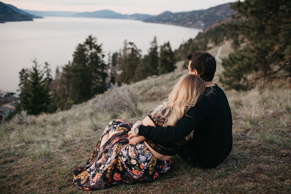 kelowna-engagement-photographer-18.JPG