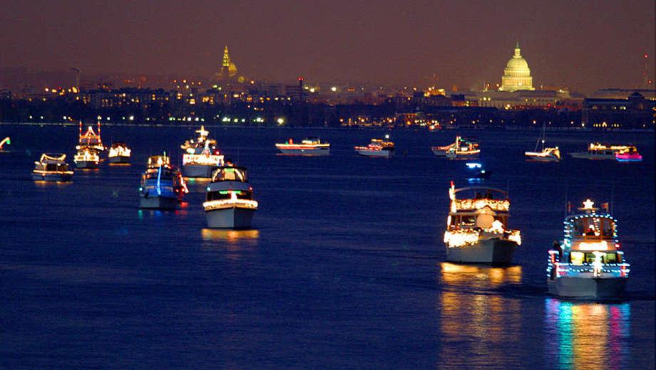 1447793825-Boat_Lights_from_Ninas_Dady_tickets.jpg