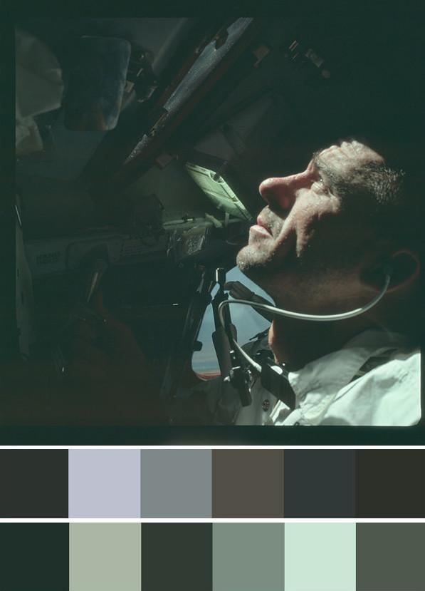 AS07-4-1584_palettes.jpg