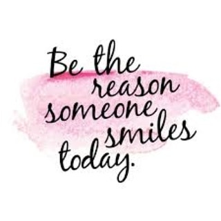 Happy Wednesday 💗 . . . #wednesday #positivity #morning #motivation #behappy #smile #almosttheweekend #dollscloset #onlineboutique #blog #onlineshopping #occasionwear #ladiesfashion #galway #ireland