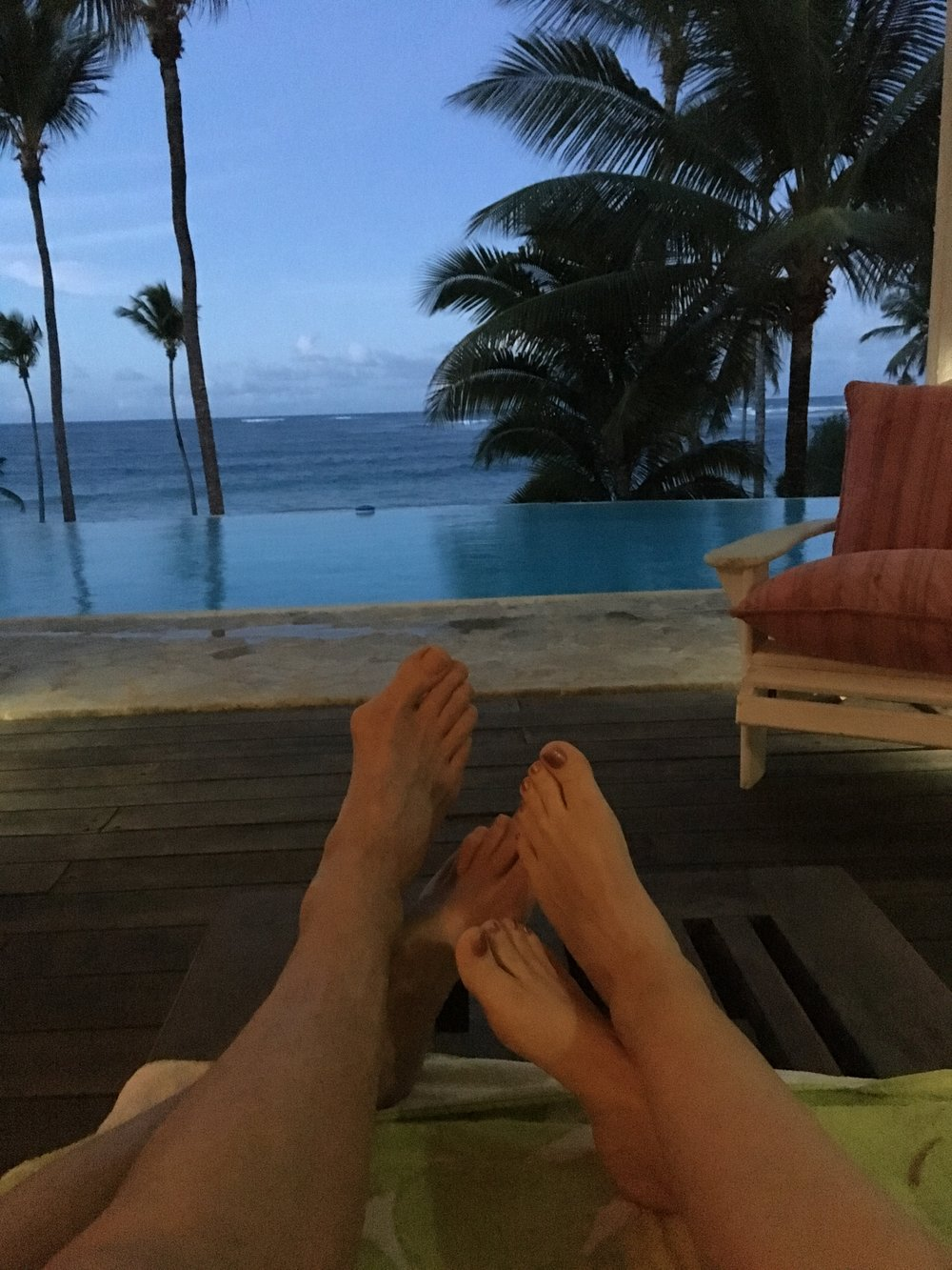 The view past our toes! Infinity pool and ocean! We could get spoiled! We did!