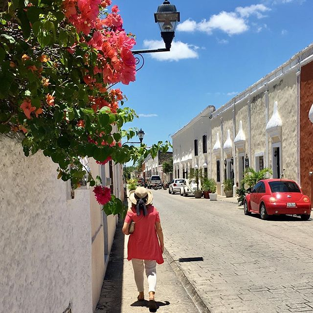 Mexico, take us back! Silly question: Do you color coordinate your clothing to the street you are walking down like I do?😂😂😂 Crazy coincidence! Serious question: Do you love Mexico and do you have a favorite city/area there? We adore Mexico and so far our favorite is San Miguel de Allende, but we are willing to try to top it! This was taken in  Valladolid, and it's a pretty sweet town! . . . . .  #travel #lovetotravel  #travelgram #traveling #travelingcouple #travelblog  #traveltheworld #wanderlust #traveladdict #letslivethere #weloveithere  #instagood  #photooftheday  #boomertravelers  #babyboomertravel #boomertravel #travelwithme #worldexplorer #travelat60 #over60travel #explore #iamtb #travelover60 #seeingtheworld #kewlcaptures #seniortravel #valladolid #we❤️Mexico #wedratherbetraveling