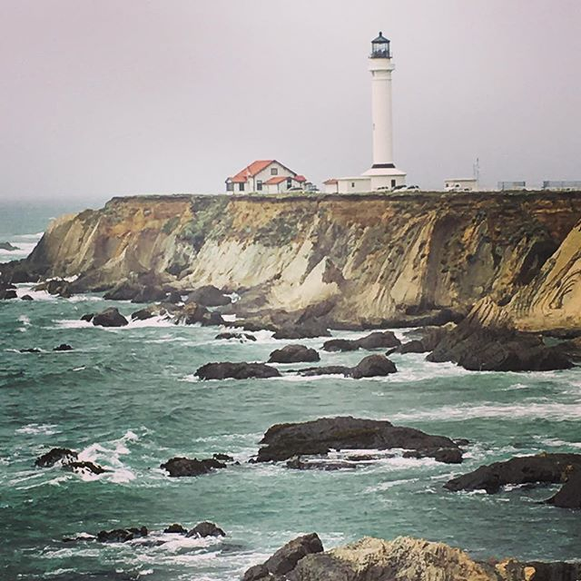 I think I'd like to take a trip and see all the lighthouses in the world. How long do you think that would take? 😂 What is it that makes lighthouses so appealing? What do you feel when you see one, either in a picture or in real life? . . . . .  #travel #lovetotravel  #travelgram #traveling #travelingcouple #travelblog  #traveltheworld #wanderlust #traveladdict #letslivethere #weloveithere  #instagood  #photooftheday  #boomertravelers  #babyboomertravel #boomertravel #travelwithme #worldexplorer #travelat60 #over60travel #explore  #travelover60 #seeingtheworld #kewlcaptures #seniortravel #lighthouses #pointarenalighthouse