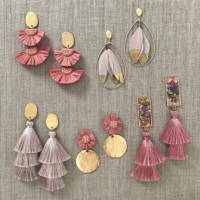 Blushing 🌸    To shop - DM me or enter which piece and email address below! #blushingbeauties #mondayvibes #blushjewelry #tasselearrings