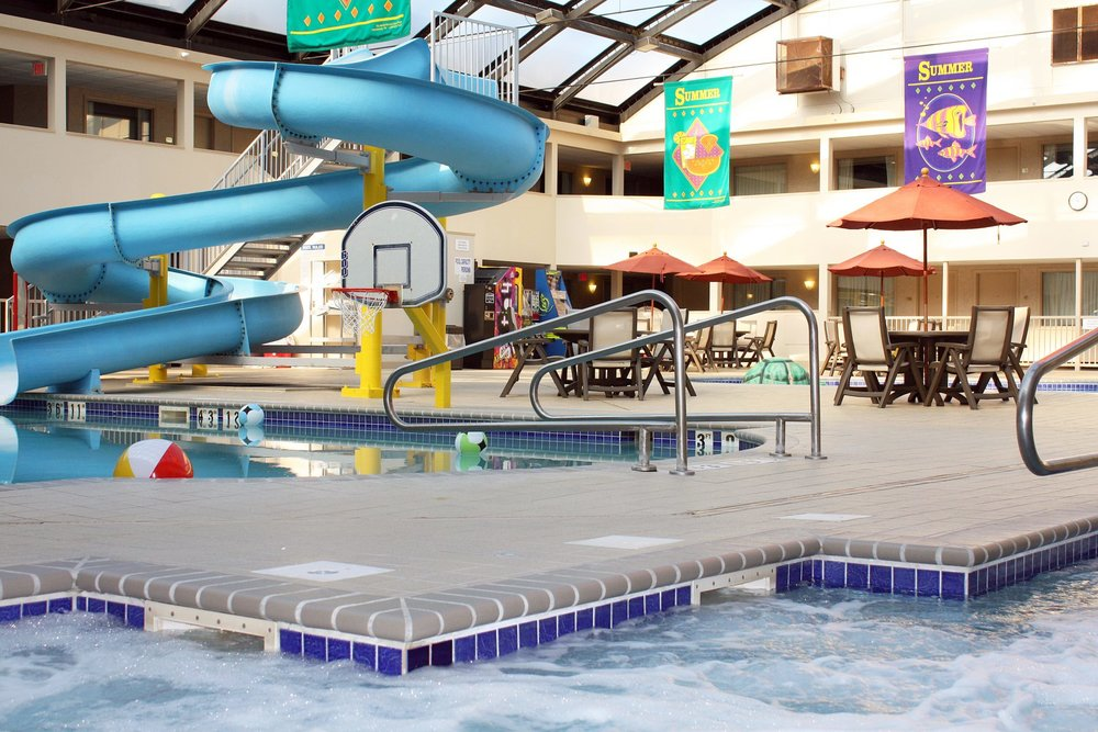 Kahler Apache  - INDOOR WATER PARKMake a SplashKahler Apache is sure to make a splash with kids and adults alike at our indoor Rochester, Minnesota waterpark, complete with a two-story waterslide. For younger kids, our tropical-themed kiddie pool area also includes a slide, water geysers and a water spouting turtle. Just steps away, guests can find our well equipped fitness center. Experience one of the best things to do in Rochester, and have aquatic fun at a unique property among Rochester, MN hotels with a pool.Pool Hours:Daily: 9:00am – 9:00pmWaterslide Hours:Weekdays: 4:00pm - 9:00pmWeekends: 9:00am - 9:00pmOpen Swim: Sunday - Thursday: 12:00pm - 9:00pm (subject to availability) Pool Policies:All guests will be required to sign a pool waiver prior to any use of the pool area. Non-Hotel guest must check-in with the front desk to purchase arm band. The cost is $10.00 per arm band.