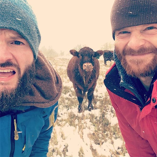 Super thankful for some brother love on a cold and snowy fencing day! #brosandanose 📷cred @j_j_robinson