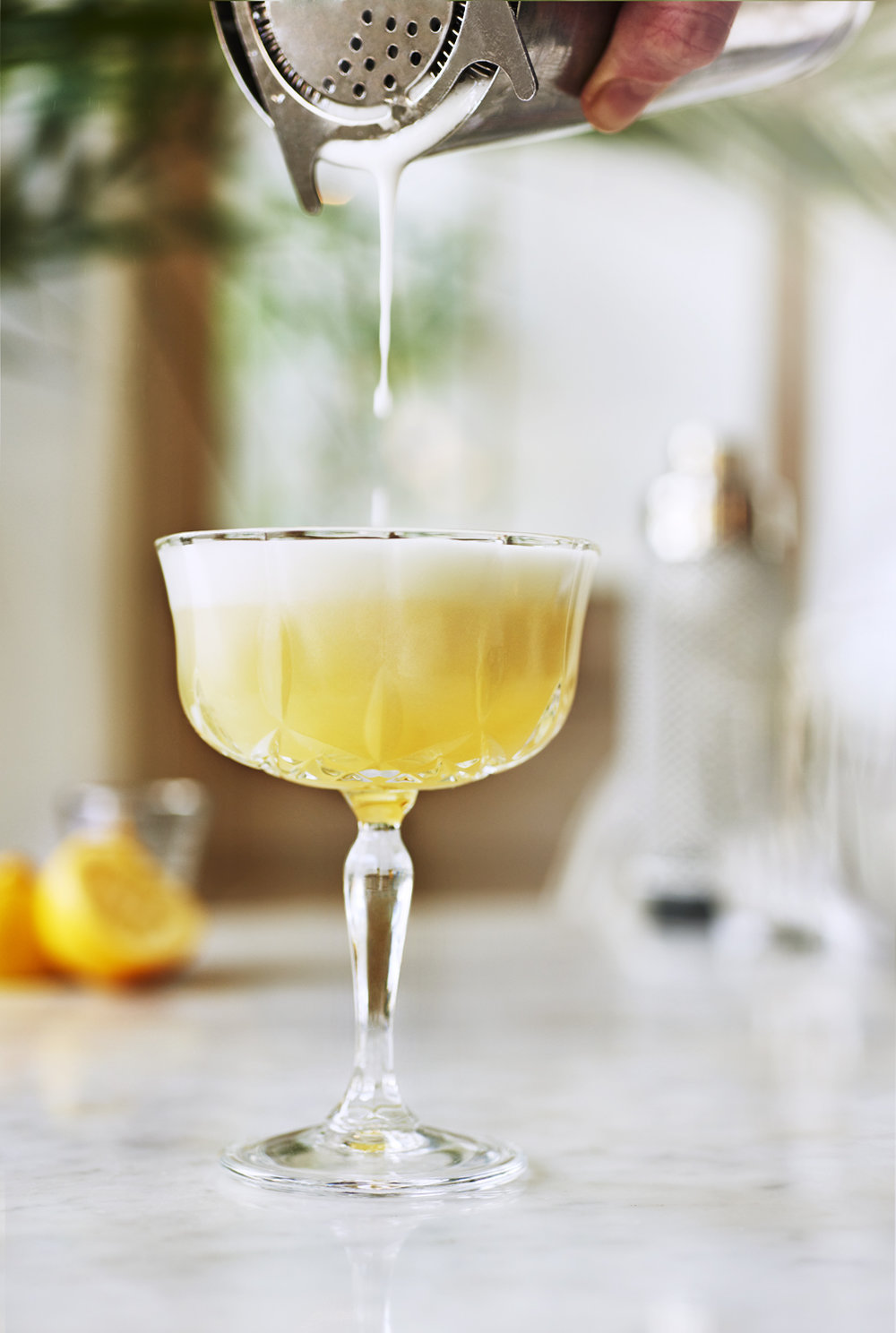 WHITE LADY COCKTAIL -