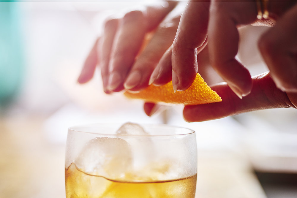 CLASSIC OLD FASHIONED COCKTAIL -