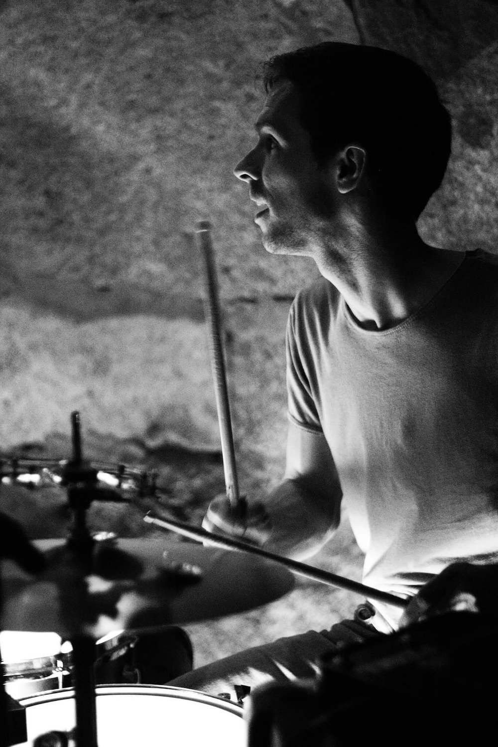 Dan drumming at guilt.jpg