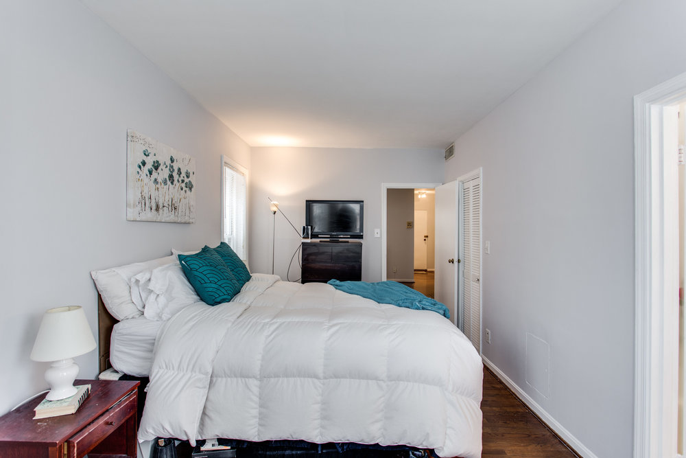 117 E St SE Unit 204-print-031-18-Bedroom-4200x2800-300dpi.jpg